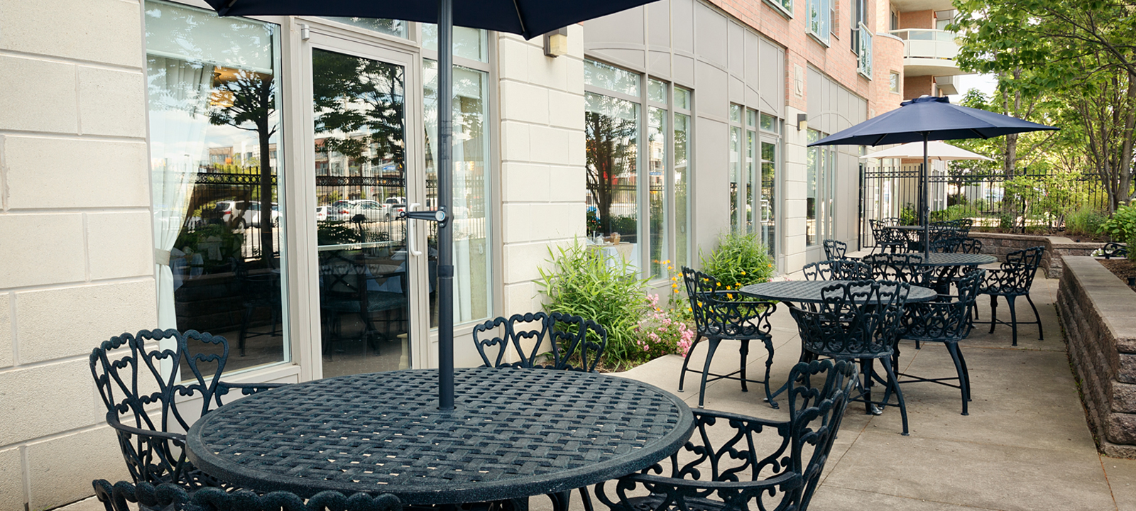 Beautiful outdoor patio at Amica Erin Mills senior living residence.
