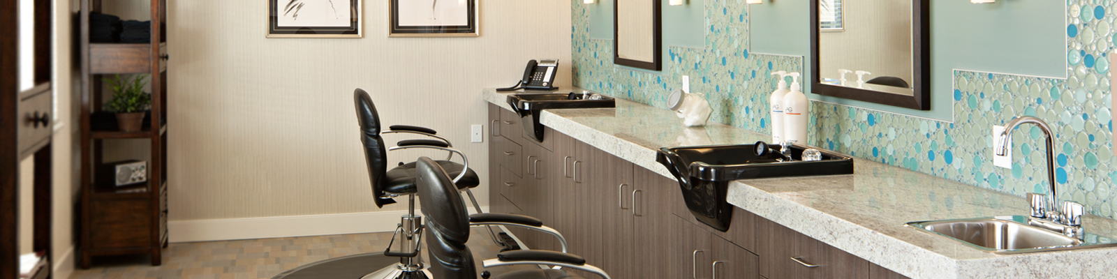 Hair salon at Amica Britannia senior retirement residence.