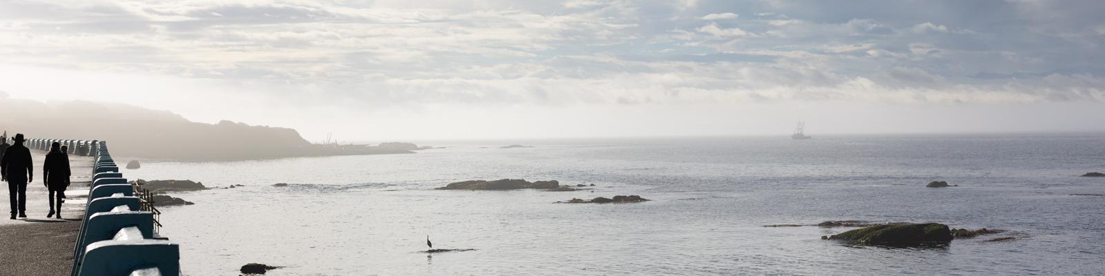 Ocean view - Mobile Hero Banner. Amica Senior Lifestyles.